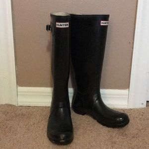 Hunter Black Tall Glossy Rain Boots
